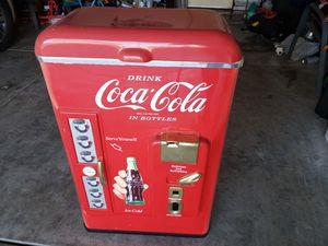 Coca cola vintage chest for Sale in Stockton, CA