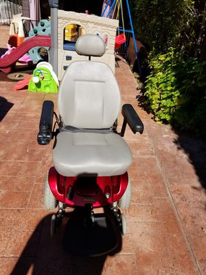 Jazzy 6 electric wheel chair w/ brand new batteries for Sale in West Los Angeles, CA