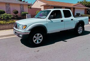 Solide Car 2003 Toyota Tacoma 2003 for Sale in Anchorage, AK