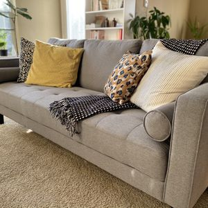 Nearly New Sofa! for Sale in Vancouver, WA