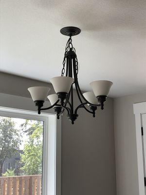 Dining room light for Sale in Sherwood, OR