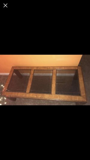 Coffee table for Sale in Fort Valley, GA