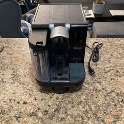 DeLonghi Nespresso Coffee Maker With Milk Frother for Sale in Long Beach,  CA