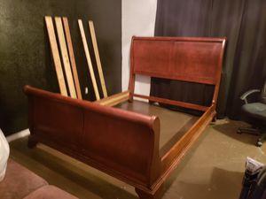 Queen size oak bedframe for Sale in DeSoto, TX