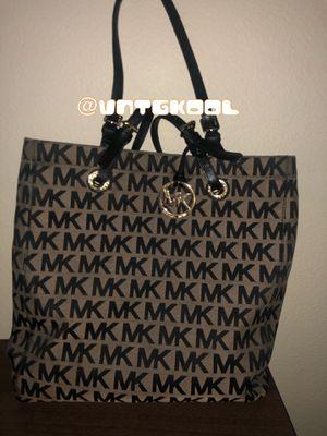 Micheal Kors MK Print Bag for Sale in San Antonio, TX