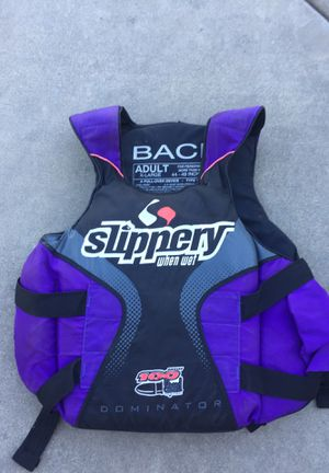 100 mph life jacket for Sale in San Francisco, CA