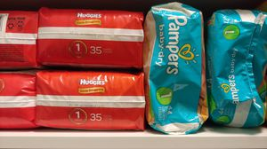 Diapers size 1 for Sale in Cypress Gardens, FL
