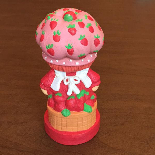 Vintage Strawberry Shortcake Toys