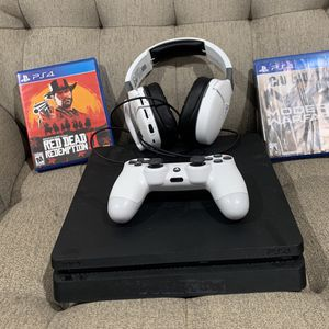 PS4 Slim/ White Ps4 Controller/ 4 Games/ Turtle Beach Headset for Sale in Downey, CA