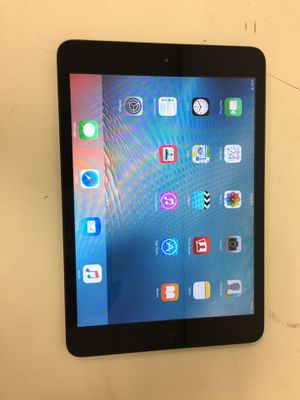 Apple ipad mini 1st gen 32gb wifi unlock with charger for Sale in Houston, TX