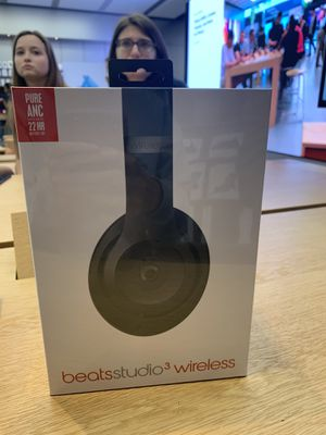 BEATS HEADPHONES 3 WIRELESS, NEW WITH PACKAGING for Sale in Sacramento, CA