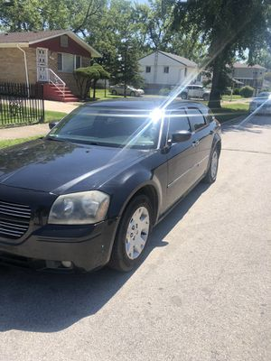 07 Dodge magnum for Sale in Harvey, IL