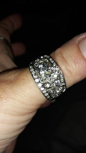 Size 10 flower ring for Sale in Orlando, FL