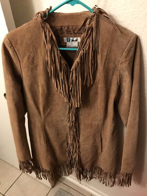 GENUINE leather fringe coat!!! Beautiful Women's Coat for Sale in Gilroy, CA