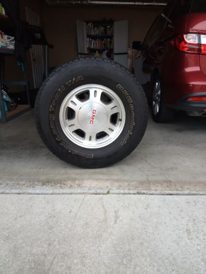 ,GMC wheels with tires in good condition for Sale in South San Francisco, CA