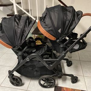 Double Stroller for Sale in Miami, FL