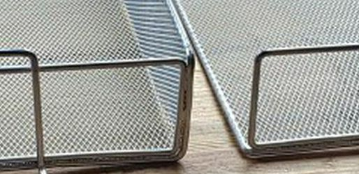 Set Of 2 Silver Mesh Letter Trays for Sale in Houston,  TX