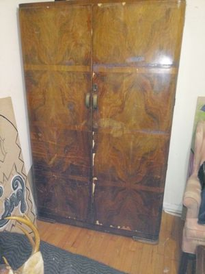1910 Harris Lebus Armoire in great shape for Sale in Conley, GA