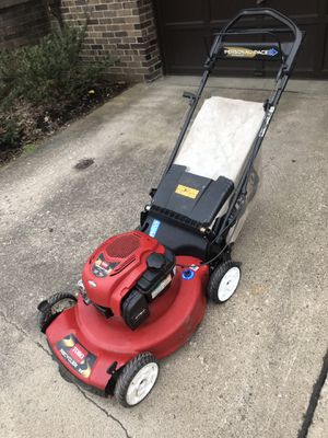 Toro lawn mower for Sale in Pittsburgh, PA