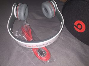 Brand new Beats by Dre Solo HD headphones for Sale in Queens, NY