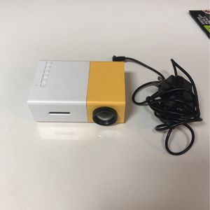 Mini Projector Works Perfect for Sale in West Palm Beach, FL