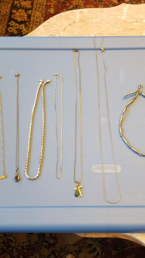 STERLING SILVER NECKLACE LOT