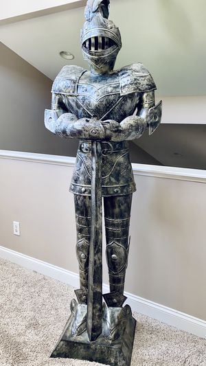 Beautifully Detailed, Aluminum Knight Sculpture for Sale in Ayden, NC