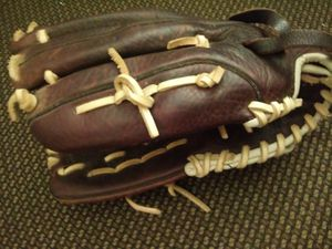 Fastpitch softball mitt glove for Sale in San Leandro, CA