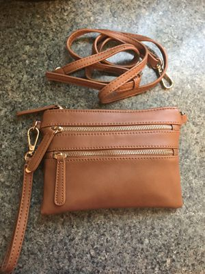 Brown wristlet and crossbody for Sale in Chicago, IL