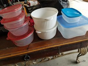 8 storage containers, 1 missing lid for Sale in Casselberry, FL