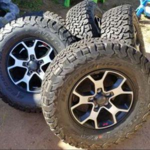 JEEP RUBICON WHEELS LT285/70R17 BFGOODRICH KO2 T/A LOAD RANGE C 6PLYS DOT 4919 for Sale in Phoenix, AZ