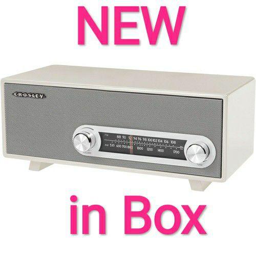 CLASSIC Am/FM Radio NEW
