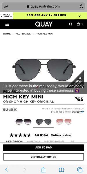 Quay Australia sunglasses for Sale in Nuevo, CA