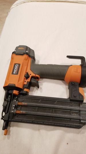 Ridgid air nail gun for parts needal broken for Sale in Canoga Park, CA