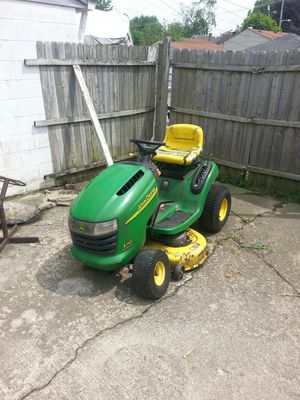 John Deere 110 needs work did run or parts for Sale in Columbus, OH