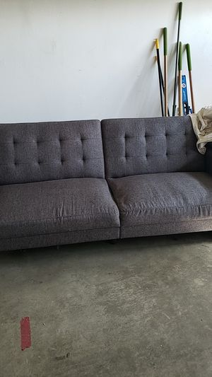 Couch bed for Sale in Hesperia, CA
