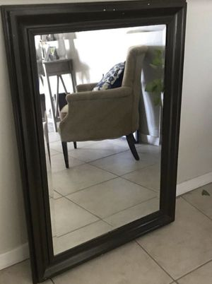 """Large wall mirror 42"""" x 31"""" for Sale in Peoria, AZ"""