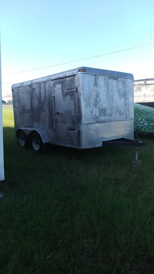 7 x 12 ENCLOSED TRAILER - TANDEM for Sale in Fort Myers, FL