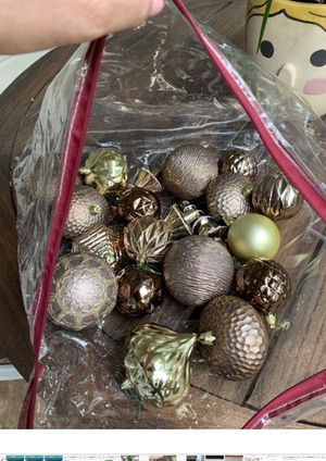20 metallic Ornaments for Sale in Tyler, TX