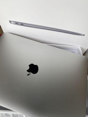 MacBook Air 2020 i5 10 Gen Quad Core 512GB Storage Brand New for Sale in Renton, WA