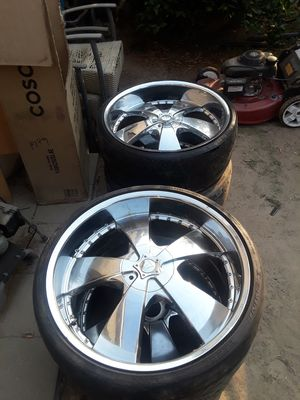 6 lug 24's for chevy/gmc for Sale in Dinuba, CA