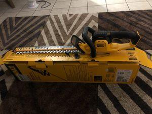 "Dewalt hedge trimmer 20vmax. 22"" (559mm)🇺🇸🇺🇸👍 for Sale in Charlotte, NC"