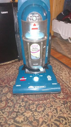 BISSELL CLEANVIEW HELIX SELECT for Sale in Lincoln, NE