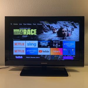 """Samsung LN32B530 LCD TV 32"""" with stand for Sale in Menifee, CA"""