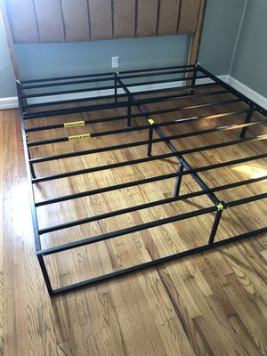 14 Inch Platforma Bed Frame / Mattress Foundation /storage bed for Sale in Taylors, SC