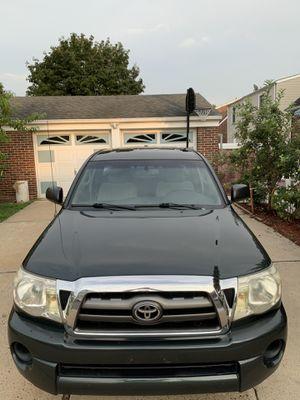 Toyota Tacoma sr5 for Sale in Carteret, NJ