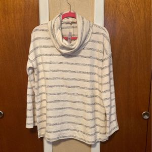 Cowl Neck Pullover for Sale in Red Oak, TX