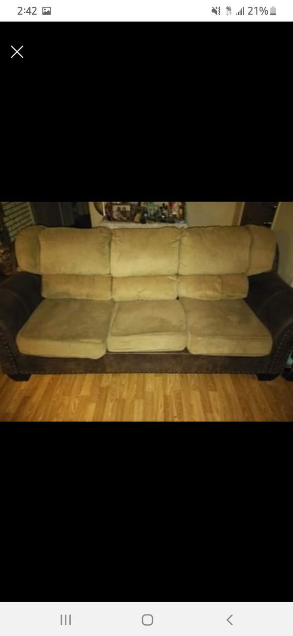 Couch love seat NEED GONE ASAP