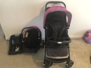 Graco girls car seat and stroller set for Sale in Greensboro, NC