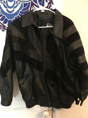 Heavy leather jacket for Sale in Lakeland, FL